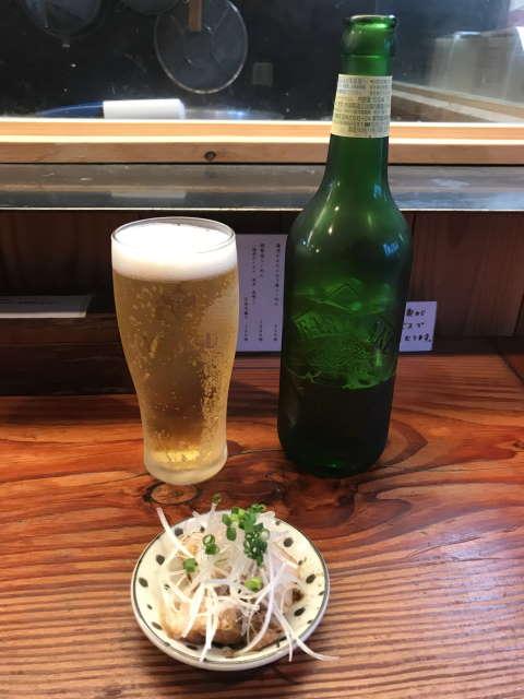 純手打ち麺と未来ビールとつまみ