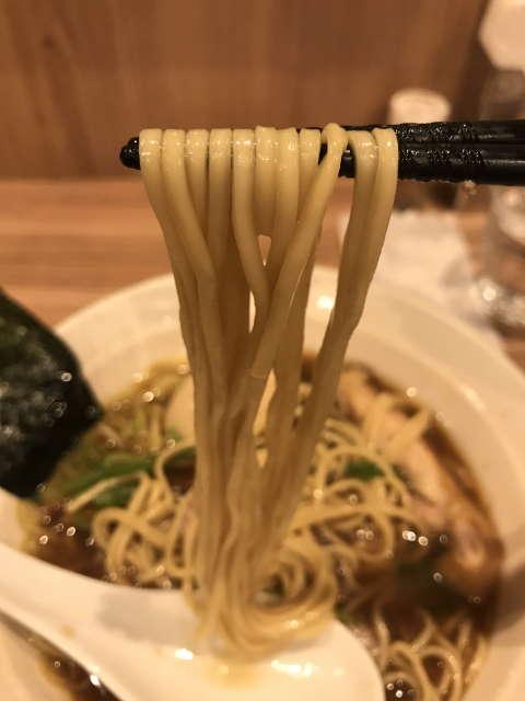 麺処ほん田秋葉原本店麺上げ