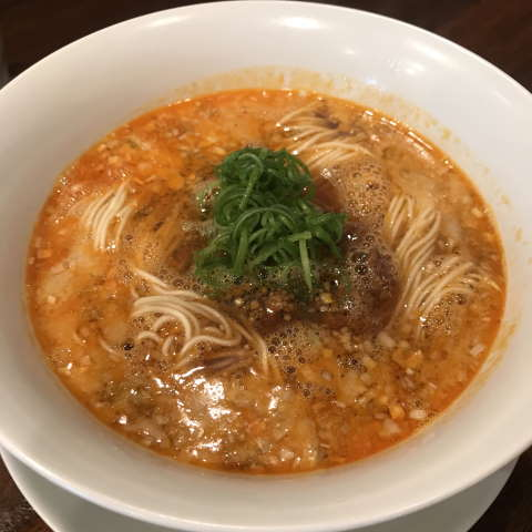 創作麺工房鳴龍担々麺