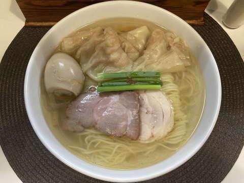 麺や金時塩ワンタン麺味玉