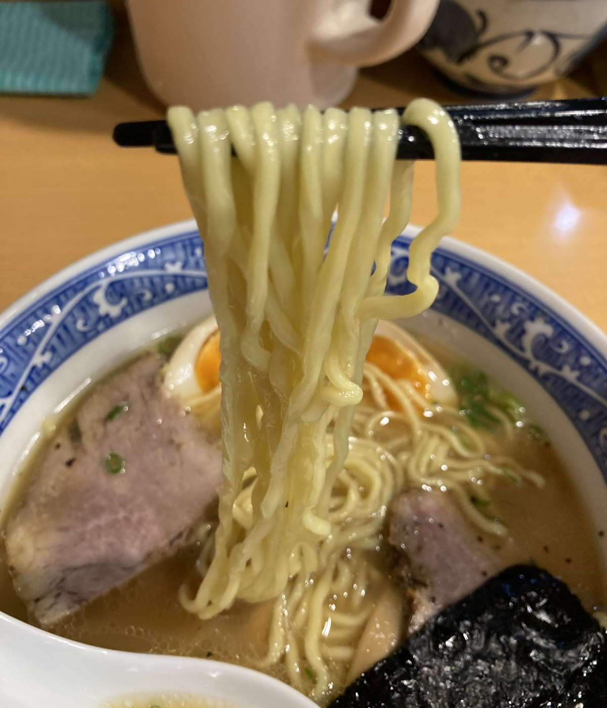 中華そば青葉中野本店麺上げ