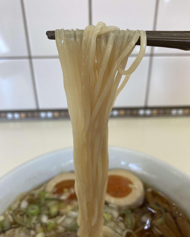 中華そばふくみみ麺上げ