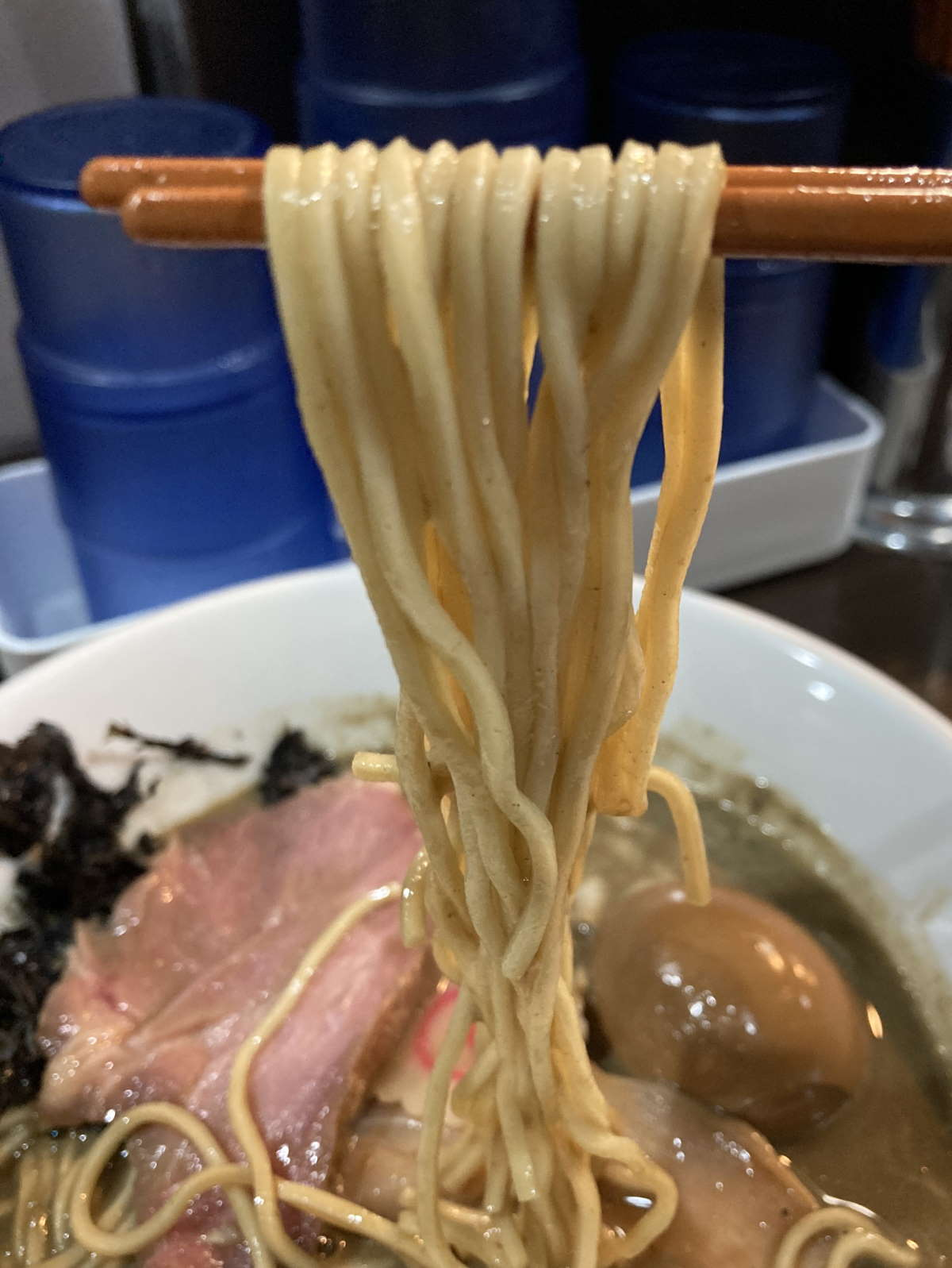 中華そばいづる麺上げ