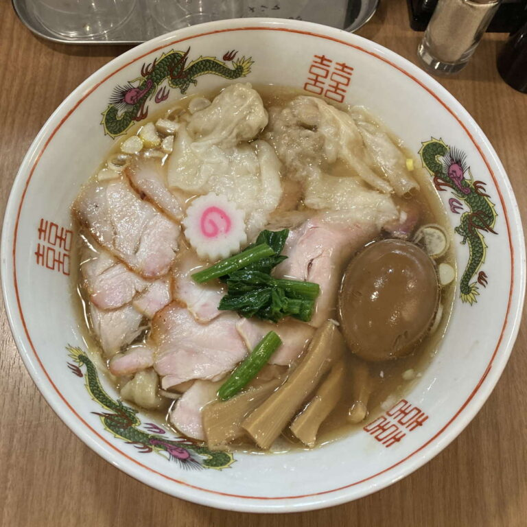 MENクライ醤油ワンタンチャーシュー味玉