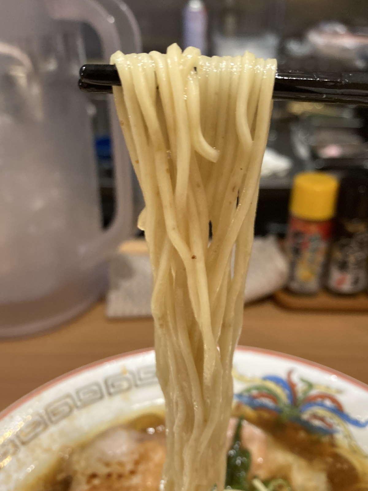 中華そば一徹麺上げ