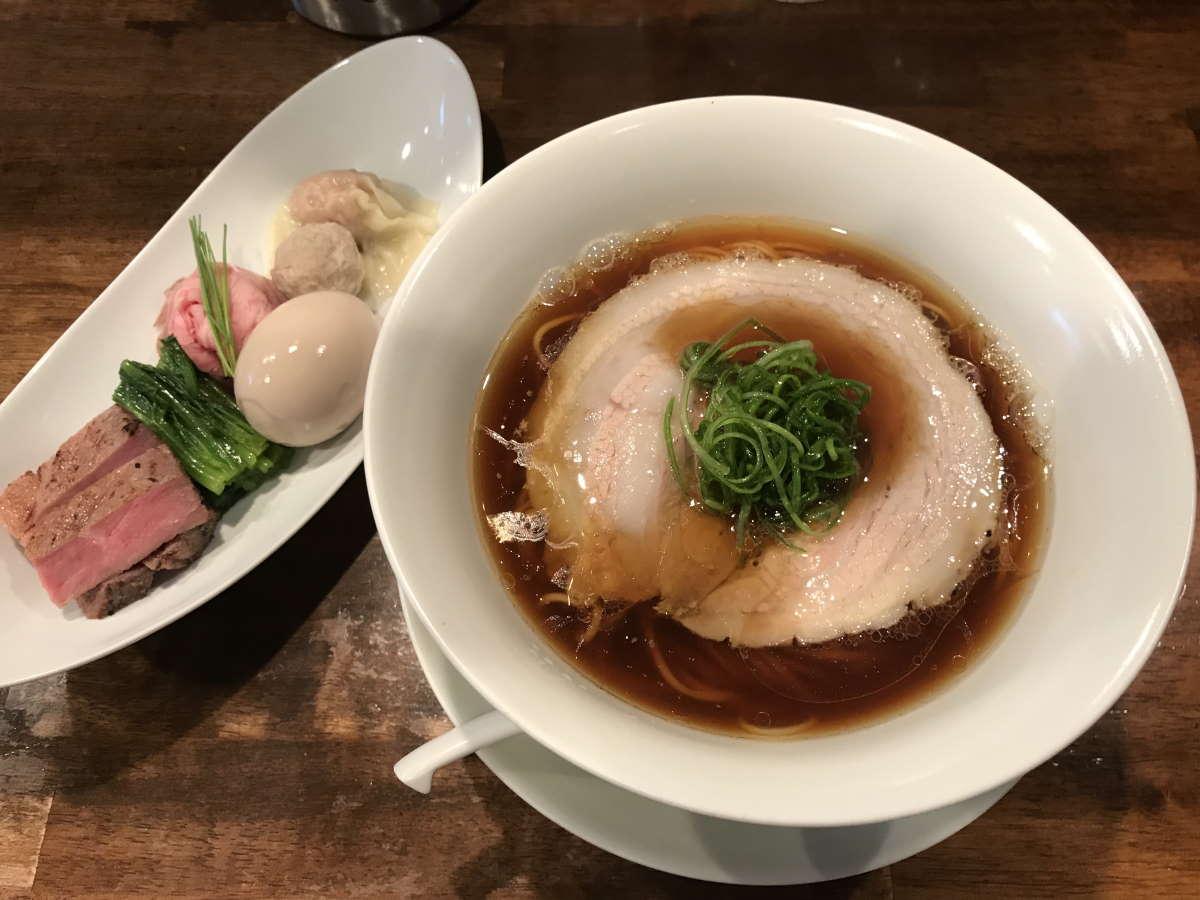 創作麺工房鳴龍特製醤油拉麺